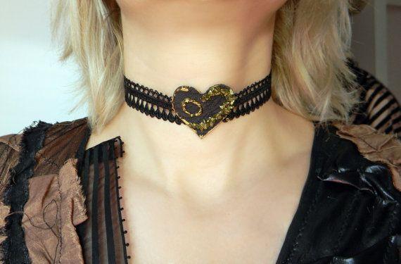 Queen of Spades choker Leather heart choker Black by Elyseeart