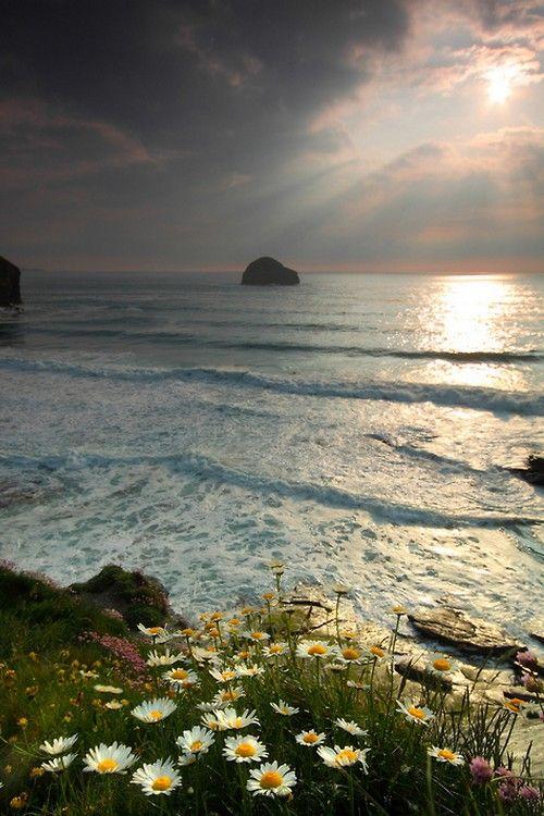 Cornwall, United Kingdom. Photo credit: Gking_photo via Flickr.