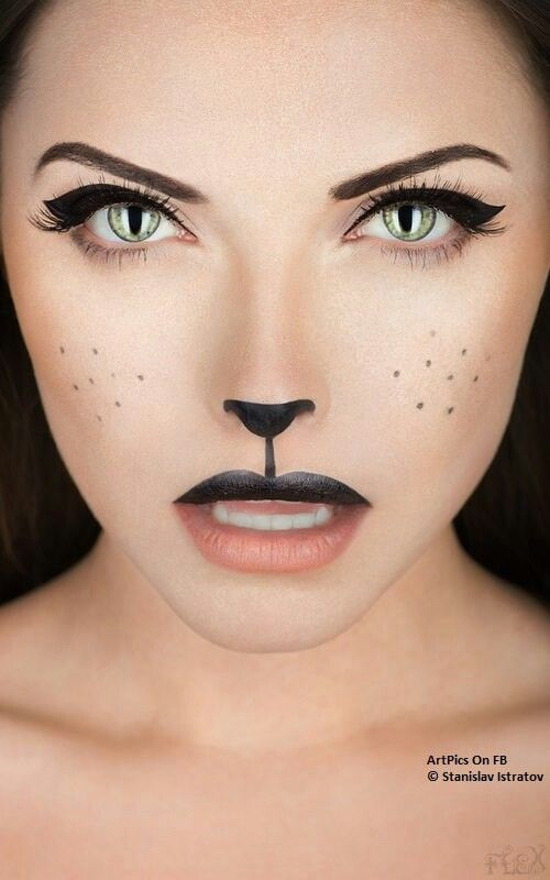 do make up of Cat @.@