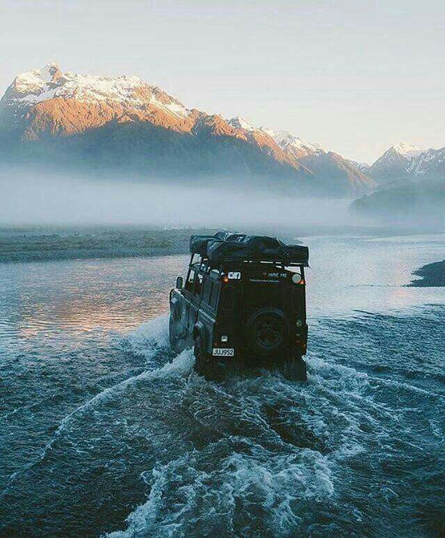 Land Rover Defender Lifestyle.