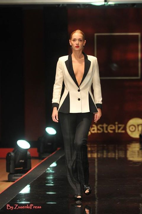 LeSmoking Collection. White and Black Jacket with Black Trousers