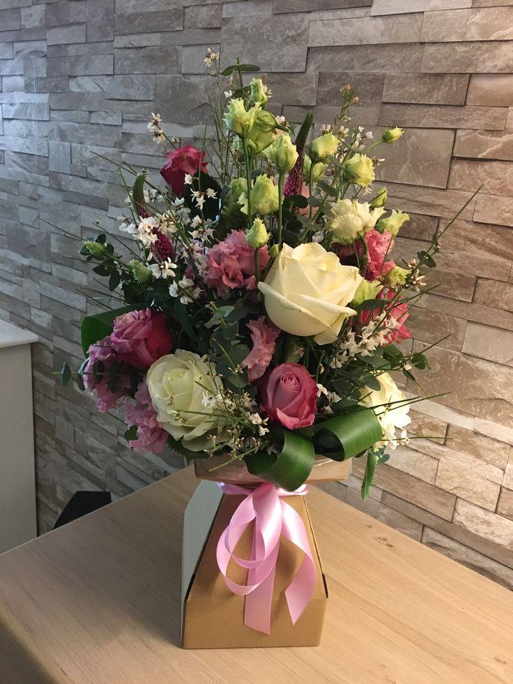 Floralbox handtied bouquet