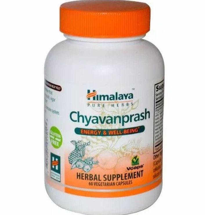 """El Chyawanprash es una mermelada oscura (o puede venir en comprimidos) hecha a base de hierbas y fruta, y está considerado como el rey de la medicina Ayurvédica. Es sin duda alguna el mejor tónico rejuvenecedor existente y ha venido siendo utilizado durante miles de años en India. En muchos textos antiguos indios se habla de los beneficios y virtudes del Chyawanprash, el """"Caraka Samhita"""" especifica que """"incluso un anciano con los achaques del envejecimiento puede recuperar su juventud y…"""