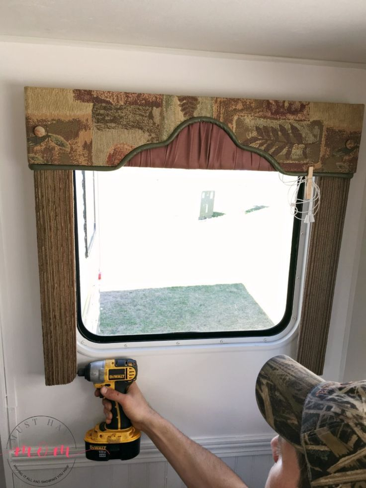 How To Remove Outdated Rv Window Coverings From Your Camper It S Easy To Remove Rv Window Valances A Cleaning Painted Walls Remodeled Campers Window Coverings