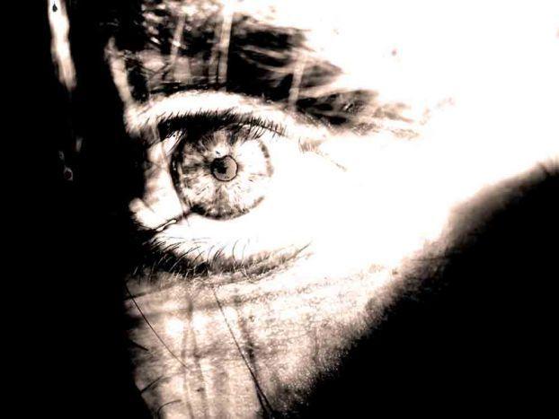 Очень часто ко мне приходят на консультации люди, желающие «побороть страх», победить его, задавить его, уничтожить его… Когда я слышу такие запросы, предлагаю ответить, зачем человеку вообще нужен страх. Оказывается, страх – полезная штука. Он помогает нам выживать. Если бы мы не боялись – погибли бы от холода, мороза, неосторожного поведения, падения с высоты, болевого шока и т.п. Каждый наш страх полезен, нужен и важен для нас. Он помогает выживать. | Psy-practice.com