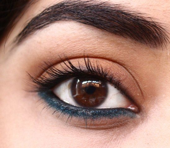 step by step tutorial up on the blog, teal eye makeup