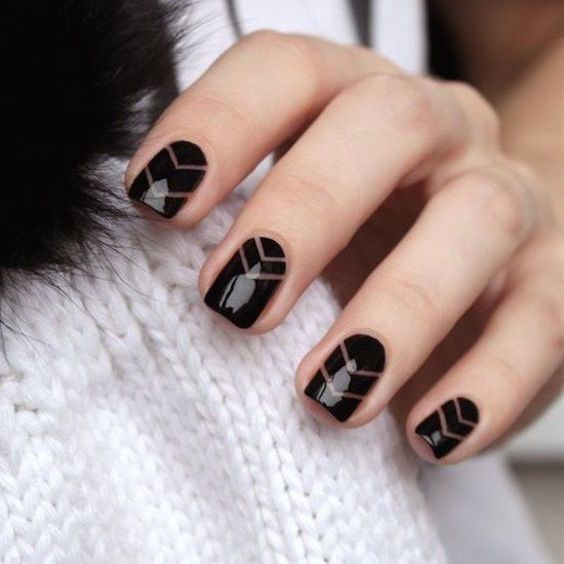 Descubre las tendencias en diseños de uñas para novias de este año! Te contamos lo que es moda y lo que se viene. Los colores del 2017!
