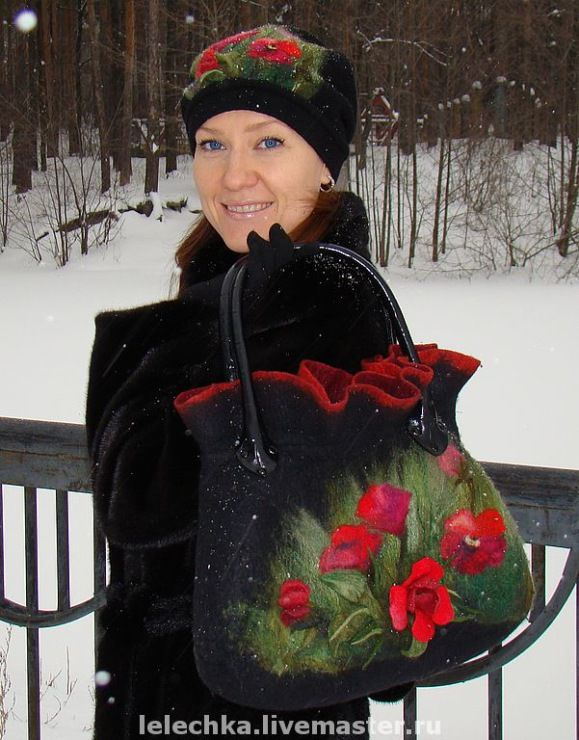 Gorgeous felted bag with poppies