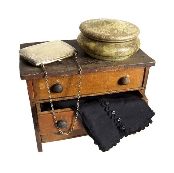 Nippon Victorian Porcelain Dresser Box Antique Art by Curiopolis, $55.00