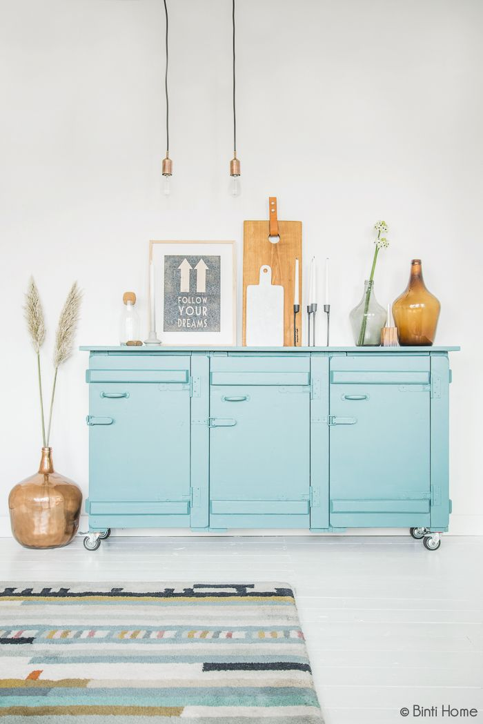 Binti Home Blog: Interieurstyling met turquoise en koper voor de cover van Stek Magazine