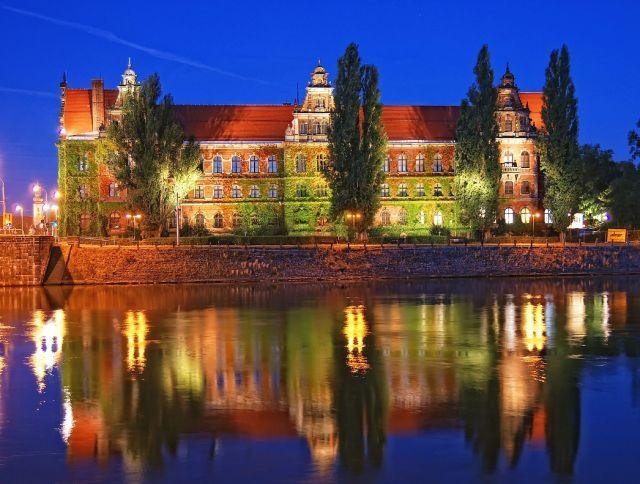 National Museum, Wroclaw, Poland / Muzeum Narodowe, Wrocław, Muzeum nocą, POLSKA