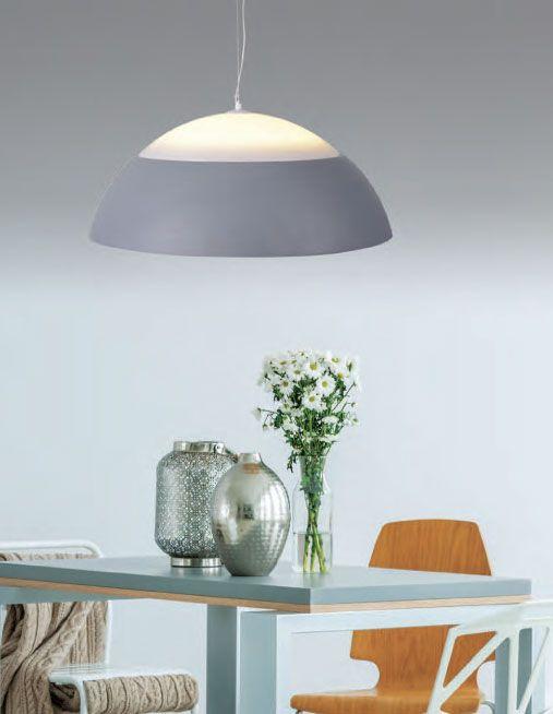 Μοντέρνο design με ενσωματωμένο φωτισμό LED σε ουδέτερες αποχρώσεις και ήπιες γραμμές ιδανικό για την κρεβατοκάμαρα σας