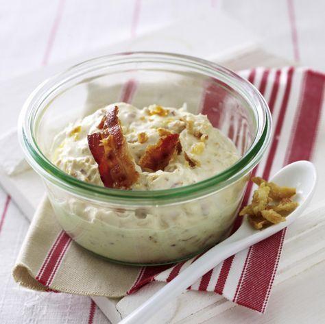 Unser beliebtes Rezept für Brotaufstrich mit Röstzwiebeln und Bacon und mehr als 55.000 weitere kostenlose Rezepte auf LECKER.de.