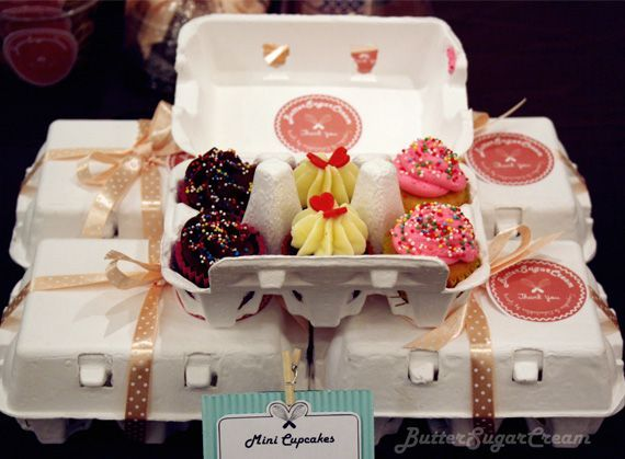 Egg cartons are a great way to package little cupcakes. Add a ribbon for that final touch!