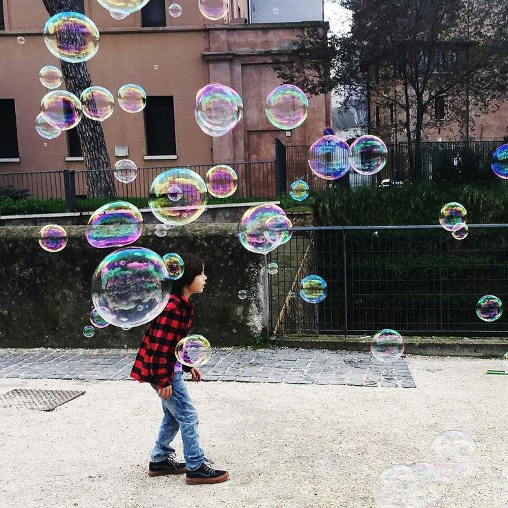 """""""Soap bobbles"""" @conniemoneyfunny  #soapbubbles #soapbubble #family #love #lovely #familytime #familyfirst #happy #instagood #life #cute #picoftheday #smile #beauty #kids #instadaily #fun #children #sweet #mumlife #kid #instababy #friends #happiness #happinessishere #lifestyle #rome #italy"""