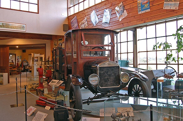 Museo del Automóvil Moncopulli - Osorno / Puyehue