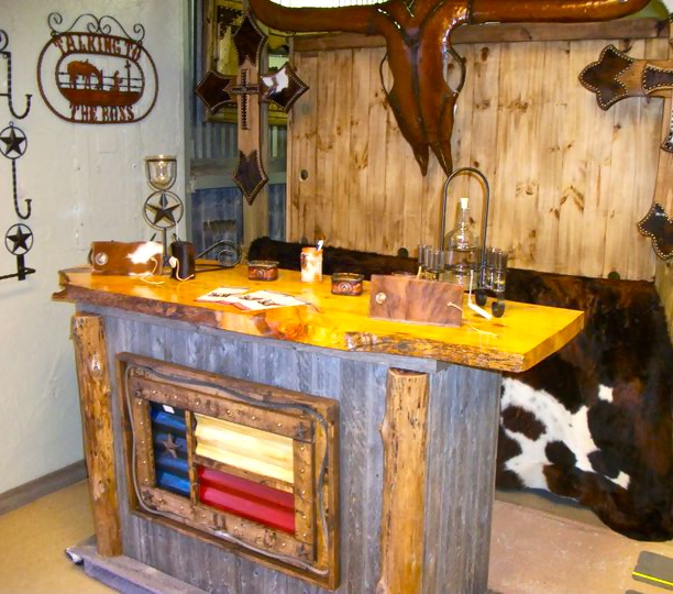 Rawhide Rustic furniture >>>>would love this for outside