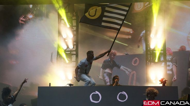 The first stop of the Full Flex Express at Ottawa's Bluesfest was a massive success — EDM Canada