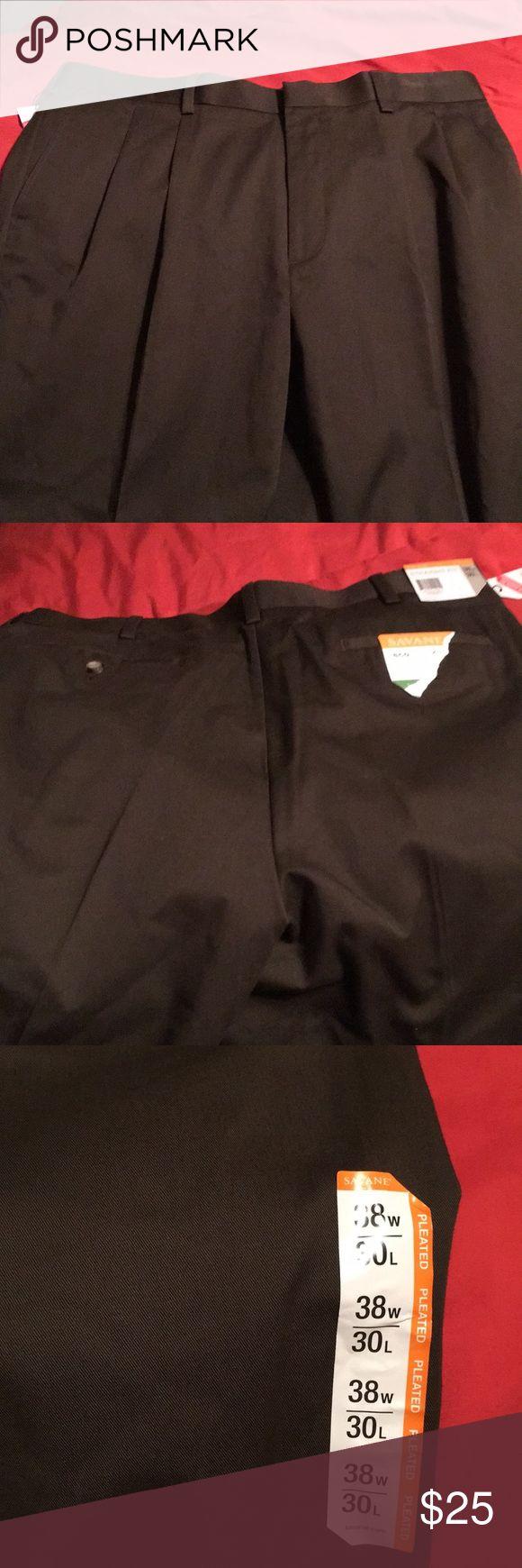 Men's Wrinkle resistant pants/ permanent crease Men's wrinkle resistant pants with a permanent crease size 38/30 savane Pants Dress