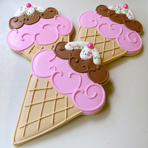 12 big icecream cone decorated sugar cookies by alissweettooth 4200 - Cookie Decorating