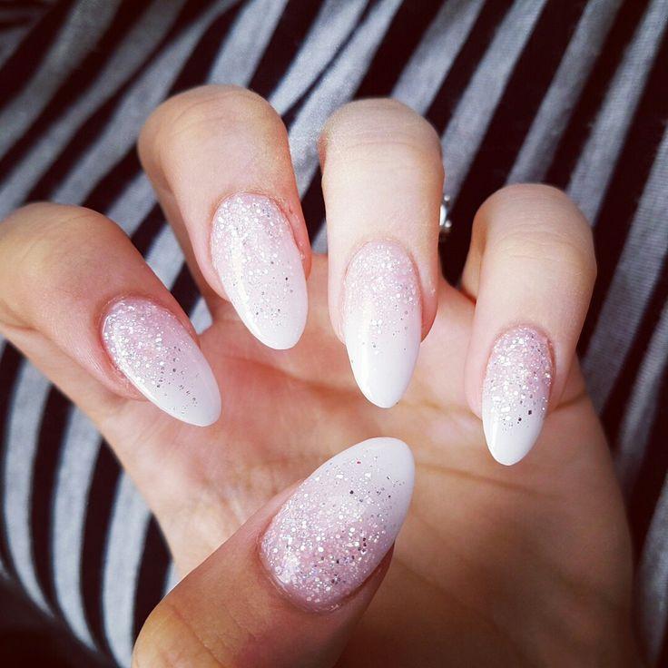 #glitter almond nails
