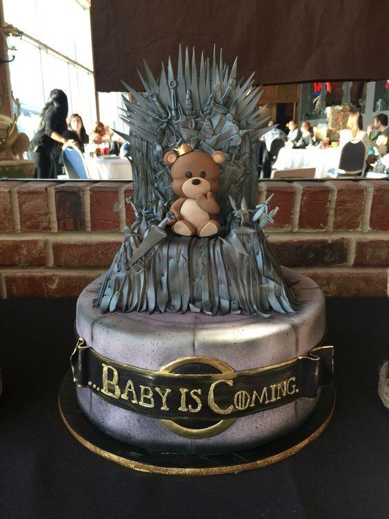 Bonita tarta para celebración de Baby shower. #babyshower #tarta #pastel #fondant