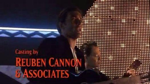 Vizionează filmul «Desperados - Antonio Banderas sings» încărcat de Herbst Stefan pe Dailymotion.