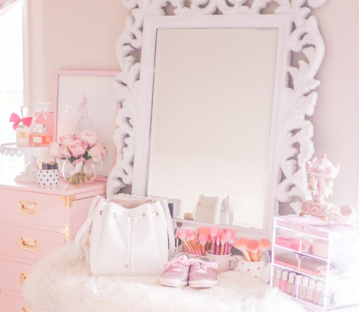 1000 Ideas About Feminine Bedroom On Pinterest Bedrooms