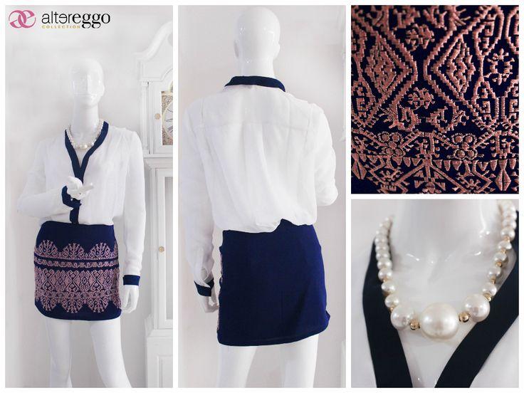#moda #fashion #otoño #invierno #2014 #nueva #temporada #nueva #coleccion #NewCollection #moda #para #chicas #blusa #blanca #detalles #azulMarino #falda #etnica #perlas