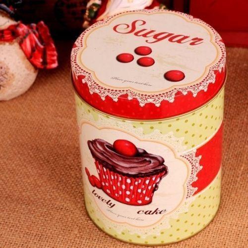 Barato Estilo Retro vermelho bolo de açúcar café chá cozinha frasco de Metal, Compro Qualidade Jarras & Garrafas diretamente de fornecedores da China:     100% Brand New      Material: metal  Tamanho: Altura = 14 cm, largura = 10,5 cm aproximadamente  Quantidade: 1pcs&nb