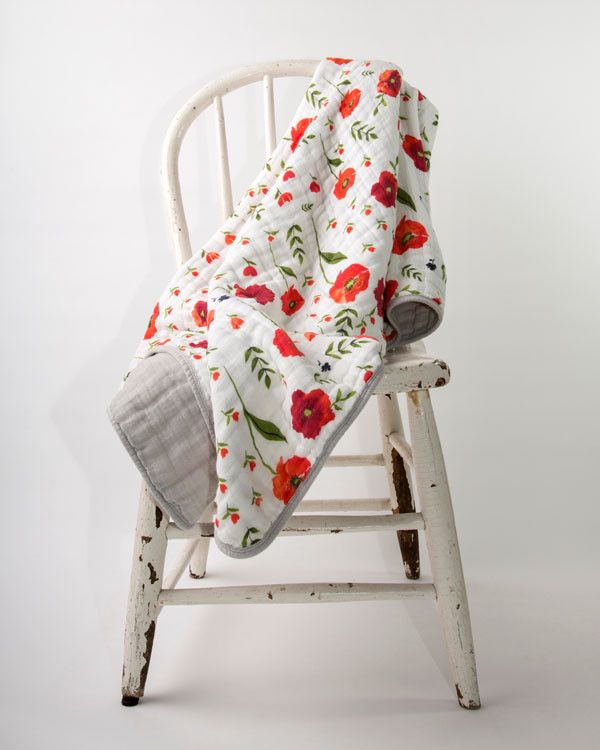 Little Unicorn Cotton Quilt - Summer Poppy Is this not the most gorgeous muslinn blanket ever @jbemoore