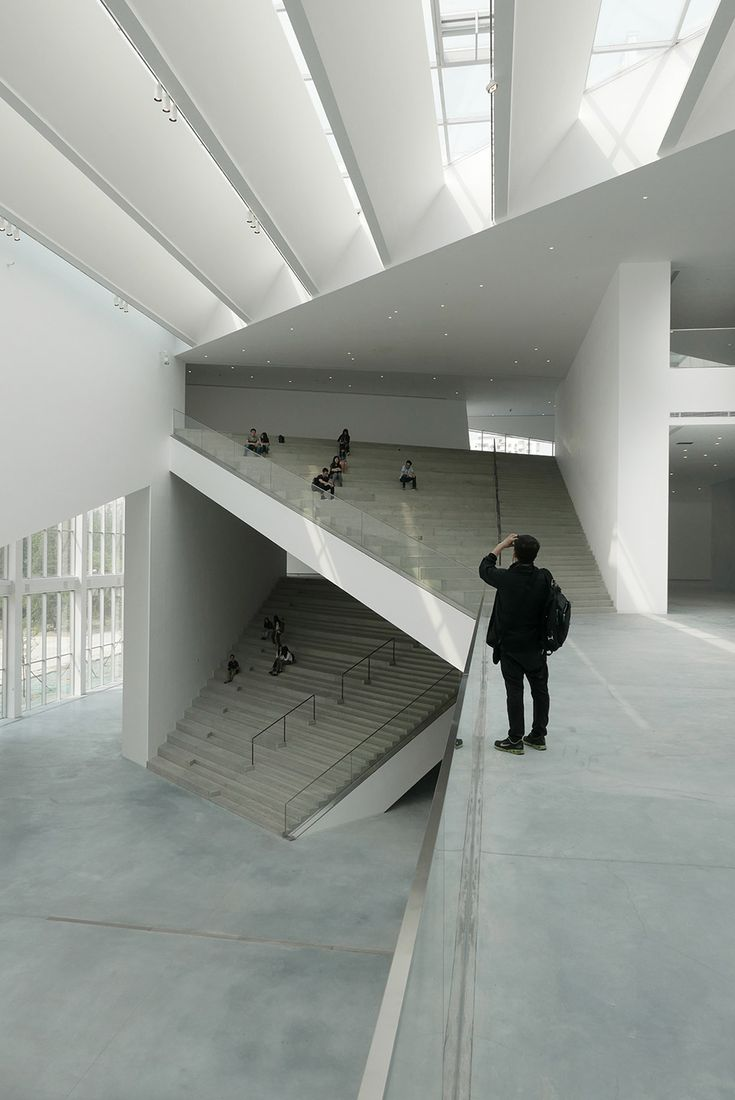 i like this one because its cool how the design looks and with the stairs following through