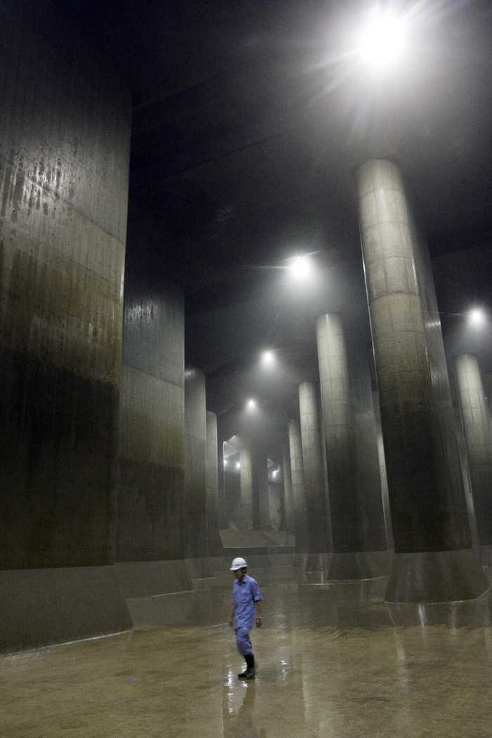 G-Cans is the name of a massive underground system designed to collect water in the Tokyo area in order to prevent floodings. The G-Cans control center and main facility are located at the Edogawa River Office, Kasukabe City, Saitama Prefecture.