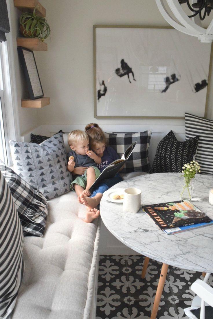 Bankette bauen und Kissen bestellen Window Seats Online Sources ...