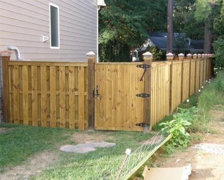 8 best images about fences on pinterest home design for Free privacy fence design plans