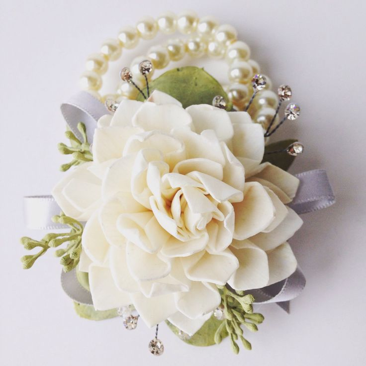 81 best corsages images on pinterest bridal bouquets flower give a keepsake corsage that they keep after homecoming to remember the mightylinksfo