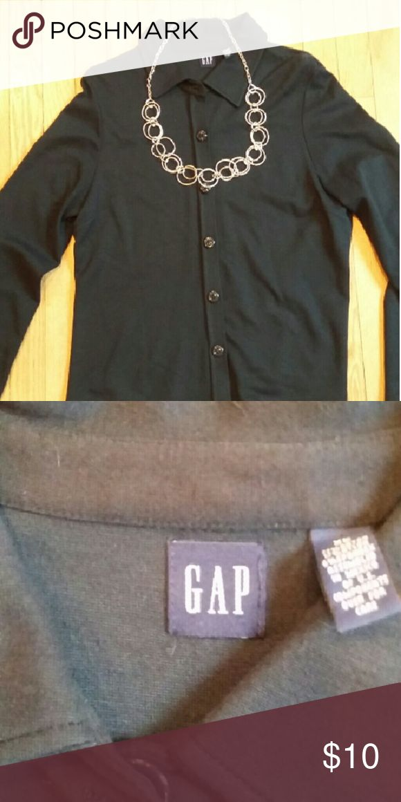 Lightweight Gap jacket/blazer This is a very cute lightweight Gap jacket/blazer. The material feels like a sweatshirt, so it's not confining like a traditional blazer. Excellent used condition! Necklace included for styling purposes only, and is not included with the jacket. GAP Jackets & Coats Blazers
