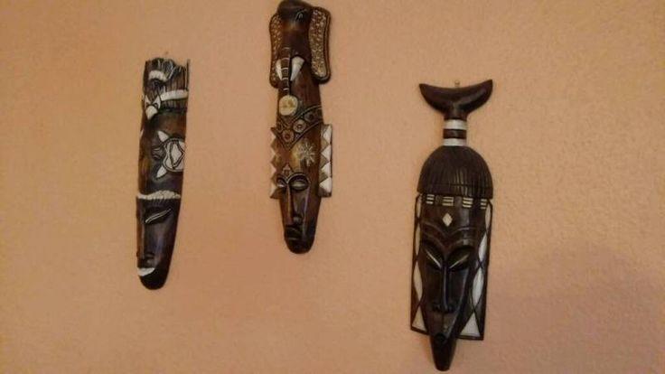 Set aus 3 Masken im afrikanischen Stil. Sie sind ca 50cm groß.  Alle 3 Masken für 18€.  Biete auch...,Afrikanische Deko Masken Set 3 Stück Afrika Holzmasken in Berlin - Hohenschönhausen