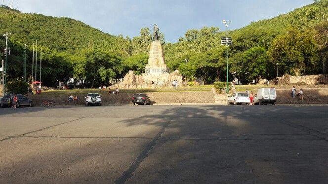 Monumento al Gral. Martín M. de Güemes