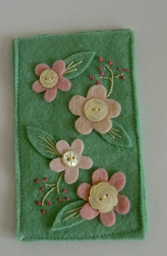 Sage green and pink  felt flower vintage button by AmigurumiBarmy, £7.50