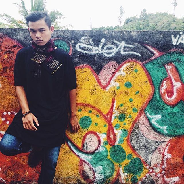 Syal Ulos Mangiring | Salah satu motive ulos Tarutung | UlosbyOti | Pemesanan : WA: 0859 54120174 | SMS: 0812 78906474 | #UlosbyOti #UlosMangiring #Ulos #UlosFashion #Tenun #Batak #Woven #WorldWoven #WovenFashion #TraditionalWoven #TraditionalFashion #Traditional #Fashion #FashionTenun #IndonesiaFashion #WorldFashion #Tarutung #TapUt #Medan #SumatraUtara #indonesia #IndonesiaHeritage