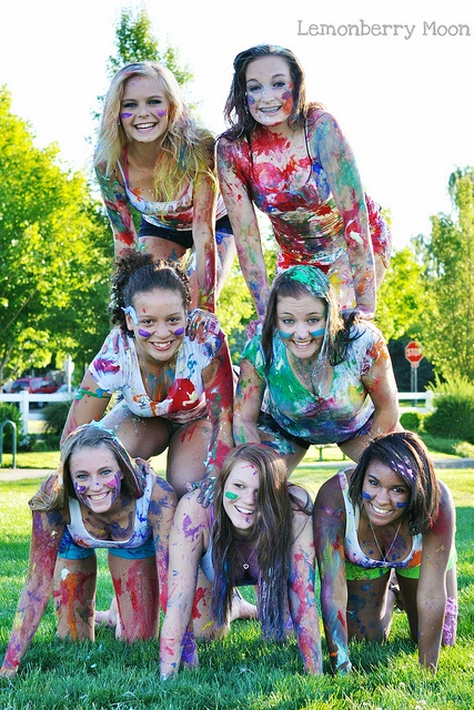 Paint splatter photo session...Would be so cute for a Senior DG pic! :)
