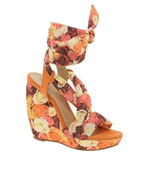 $110 floral loveRose Colors, Floral Wedges, Colors Wedges, Colors Summer, 110 Floral, Wedges Shoes, Floral Honey, Honey Wedges, Asos Honey