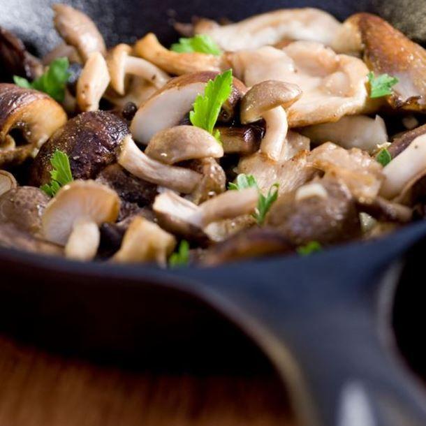 Poêlée de champignons des bois