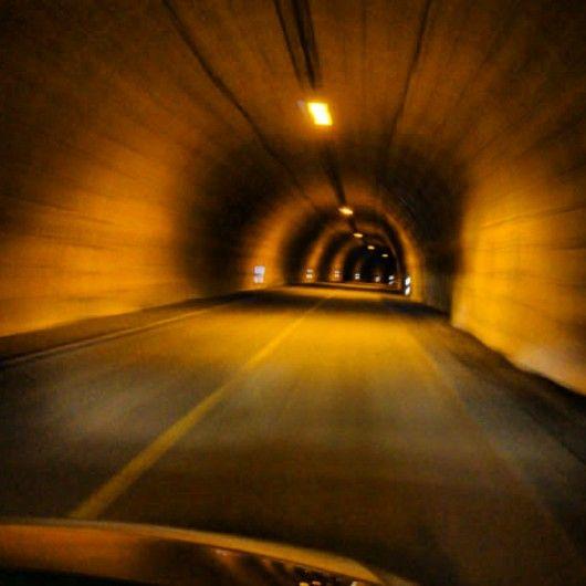 Túnel de acceso a la isla donde se encuentra en Cabo Norte o Nordkapp