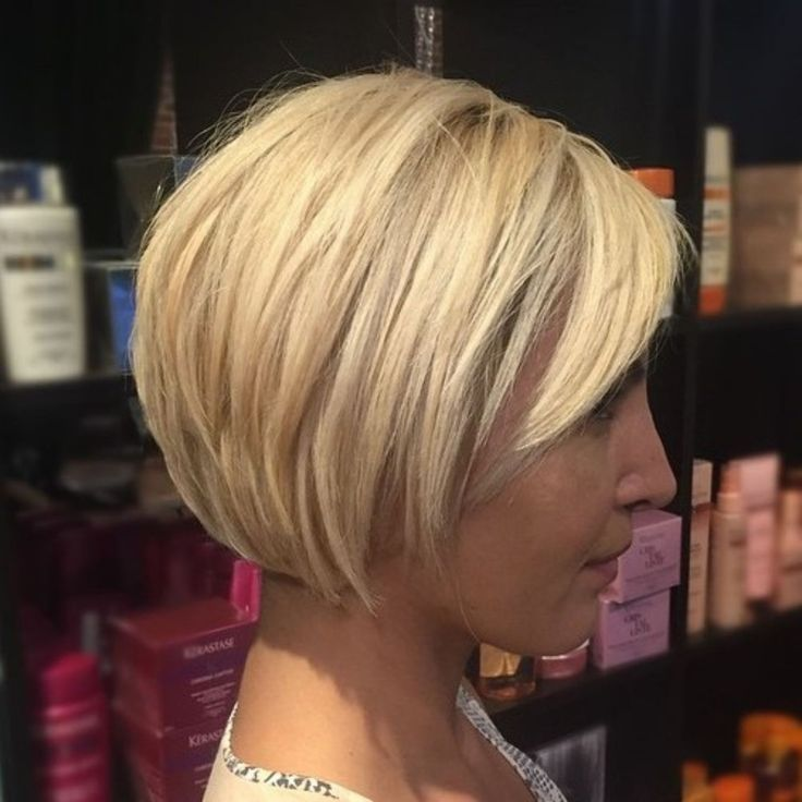 Sleek Cropped Bob Hair Bob Hairstyles Choppy Bob Hairstyles Short Blonde Bobs