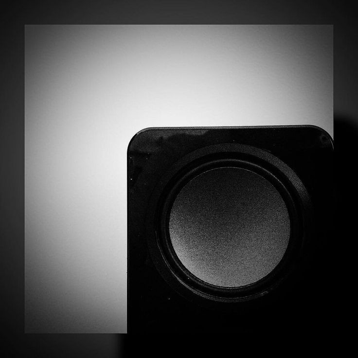 #ff #Friday and #Saturday #minimal #minimalim_world #blackandwhite  #black_and_white #andreaturno #ipad #ipadair #ipadphoto @andreaturno #rounds #sounds #conceptual #jj_minimal #jj_minimalism #minimalism_world #jj_blackwhite #wink #monochromemavens #eidmu