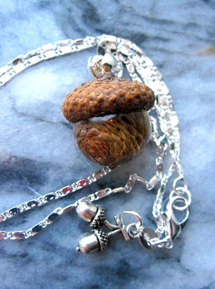 ALKEMISTEN DIY - natur nature pinecone acorn kotte kottar gör det själv ekollon smycken halsband örhängen
