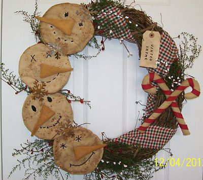 Primitive Christmas Wreath