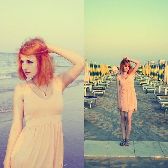 Rimini beach  h&m fashion style grunge girl polishgirl cracow karusza